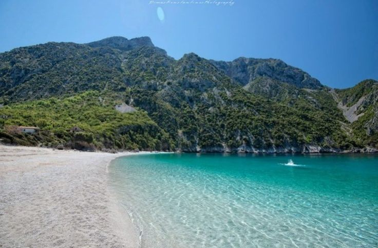 Παραλία Θαψά στη Κ. Εύβοια_Η «Γαλάζια Λίμνη» Της Ελλάδας Βρίσκεται Καλά Κρυμμένη πολύ κοντά στην Αθήνα!