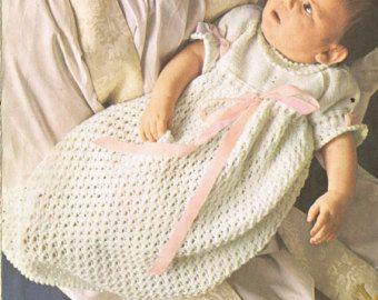 Pattern di maglia vintage abito battesimo bambino di Ellisadine