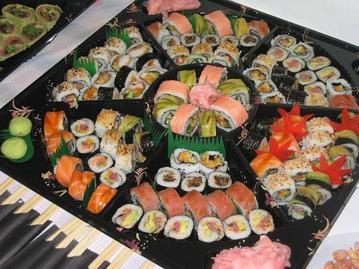 Креветки для суши поставляются в суши-бары в куске льда, для того, чтобы сохранить форму и внешний вид продукта.