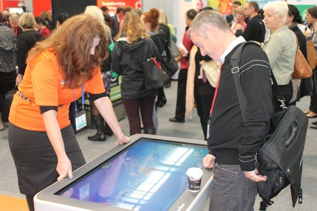 Checking out the ActivTable