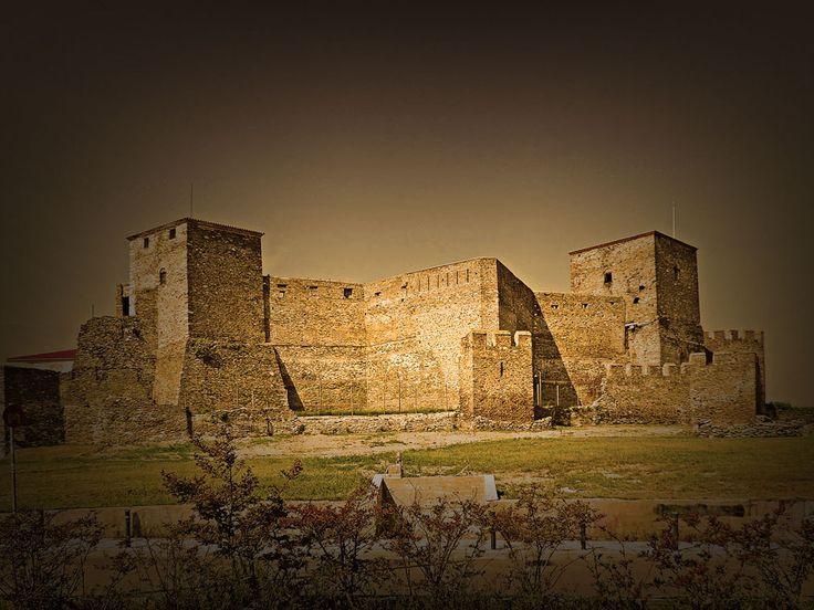 Castle ( ancient walls ) , Thessaloniki , Greece  Kαστρα ( αρχαια τειχη ) , Θεσσαλονικη , Ελλαδα