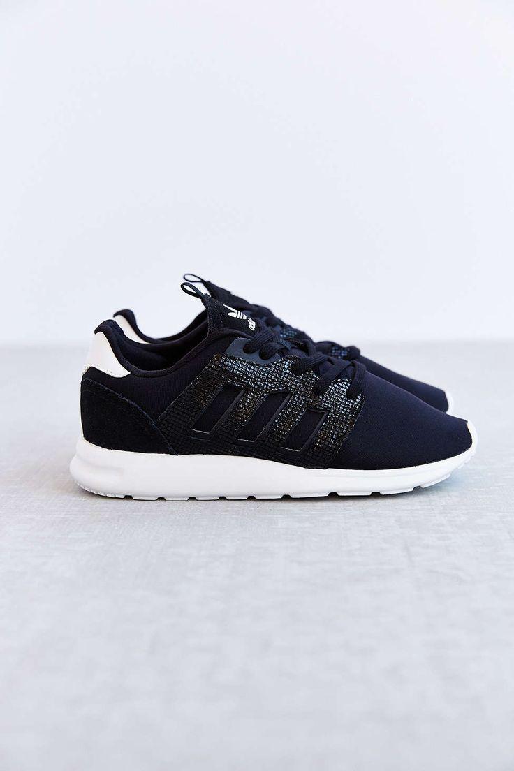 Footlocker Nike Chaussures En Daim Satire - Suprématistes Noir Et Blanc jeu exclusif sortie footlocker Finishline négligez dernières collections 5EI7qKER