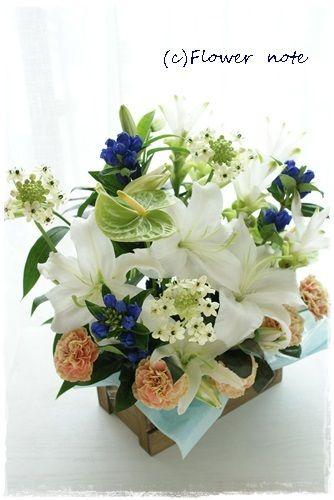 【今日の贈花】一周忌命日に・・・ http://ameblo.jp/flower-note/entry-11594583468.html
