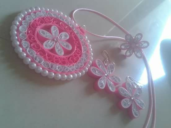 Quilling jwellery