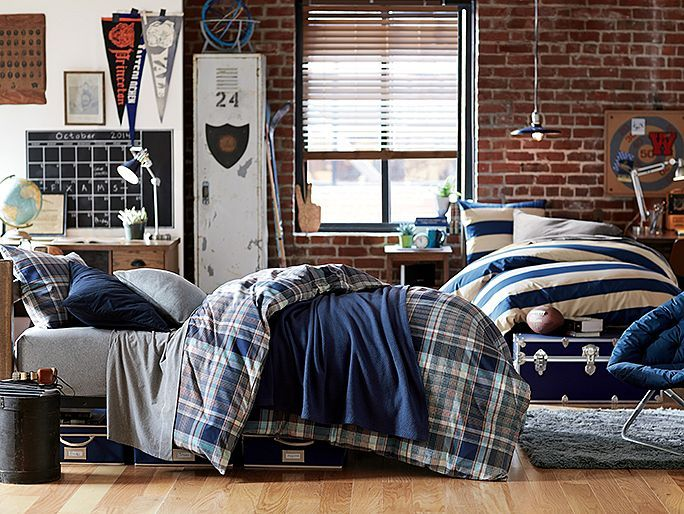 16 best images about dorm room ideas on pinterest for College apartment bedroom ideas guys