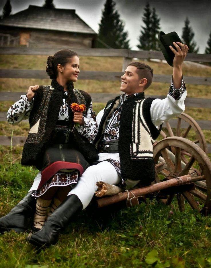 Tinereţe fără bătrâneţe de Porfir Sanduleac | COSTICENI