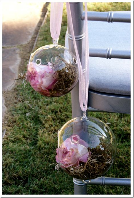 Bottled Flowers Down the ISle