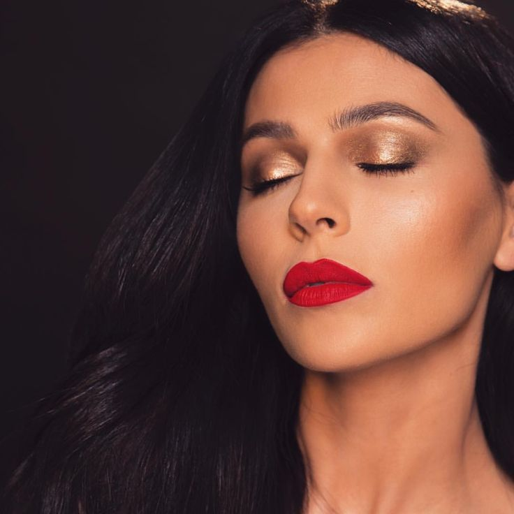 """18.2k Likes, 720 Comments - teni panosian (@tenipanosian) on Instagram: """"Tutorial on this look or nah? """""""
