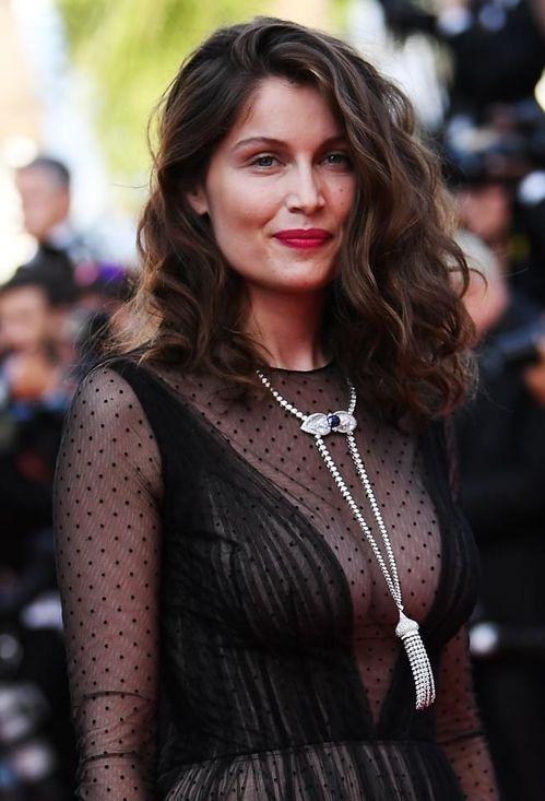 Laetitia Casta à la montée des marches du 70ème anniversaire du Festival de Cannes
