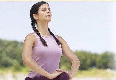 si queremos reducir la papada podemos recurrir a una serie de ejercicios que además de ayudarnos a tonificar el cuello