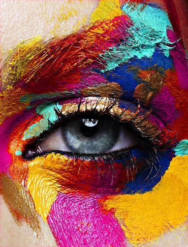 Wunderschöne Farben! Schade, dass Karneval gerade vorbei ist. #makeup #kunst #parfumgefluester