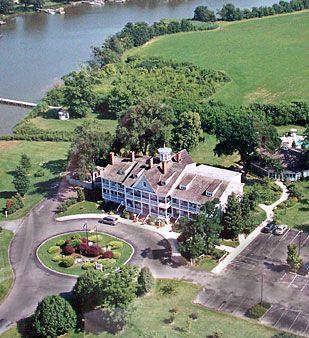 Historic Kent Manor Inn and Hotel, Kent Island, Maryland Eastern Shore near Annapolis MD.  Chesapeake Bay Waterfront Weddings Venue | Maryland Meeting Hotel