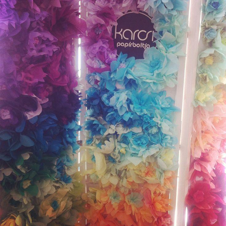 tissue paper display