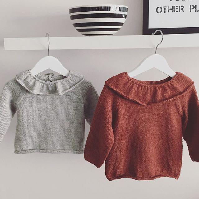 Helgens fineste pynt #prinsegenser #gustavogberta #minialpakka #knitting_inspire #knittersofinstagram #knitstagram #strikkemamma #knitting_inspiration #knitted