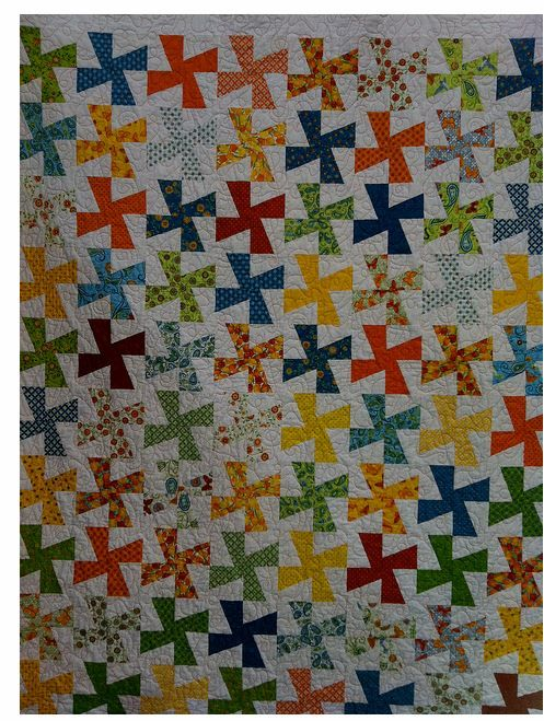 Twister Quilt Pattern Directions : 17 Best images about Twister Quilts on Pinterest Christmas trees, Flies away and Northern cardinal