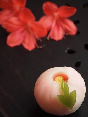 販売中の上生菓子【ぼたん】 - 大和市 福田 桜の名所 千本桜 和菓子 みどりや