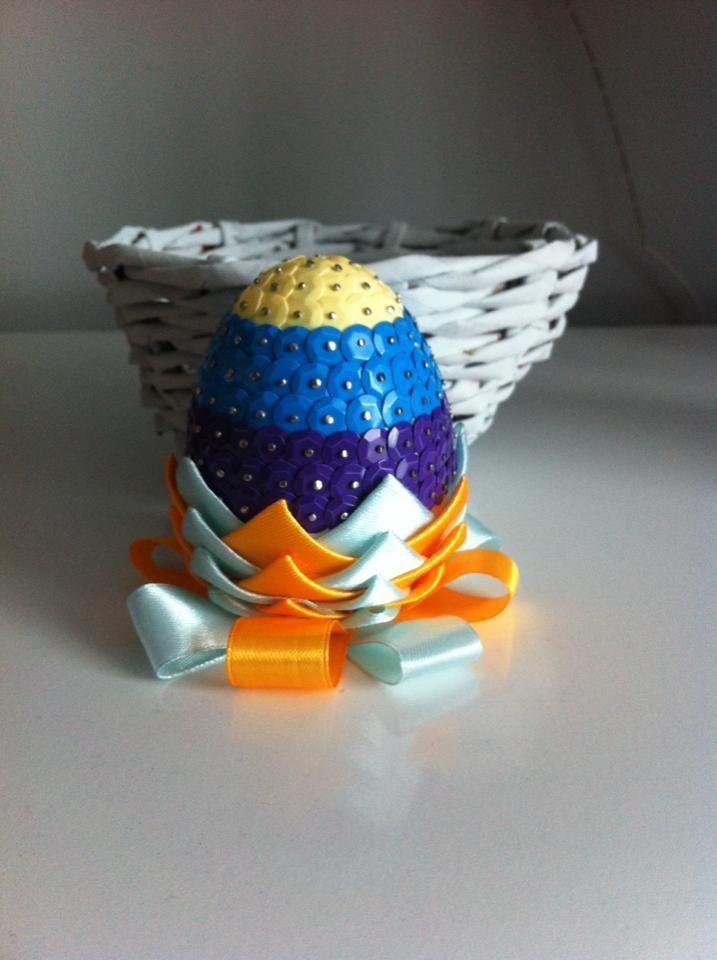 Jajko wielkanocne karczoch i cekiny