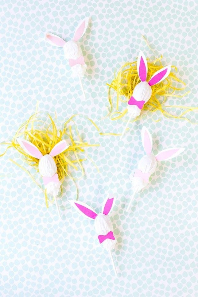 Love these DIY Easter Bunny Lollipops.