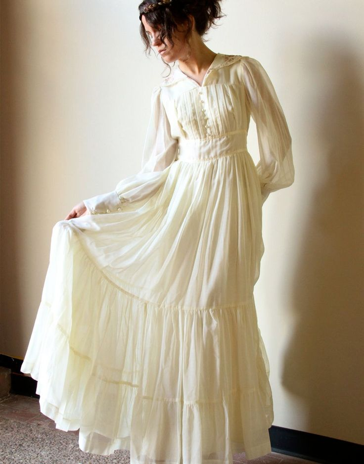 White Cotton Hippie Wedding Dresses s Gunne Sax Boho Wedding