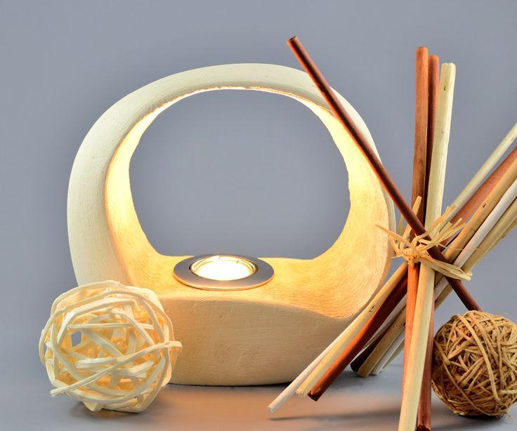 Lampada di design da tavolo in pietra leccese Giotto   KRISMAKER