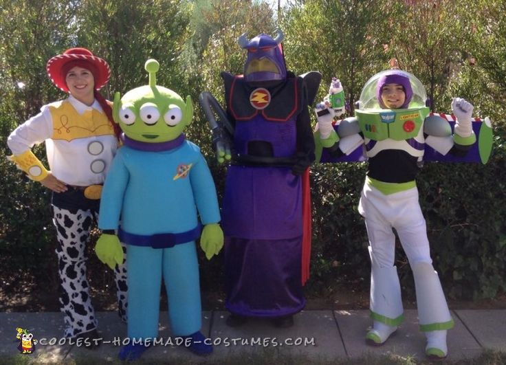 to infinity and beyond family costumes - Group Diy Halloween Costumes