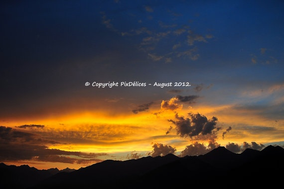 Sunset over the Alps  Canvas print by PixDelices on Etsy, €70.00