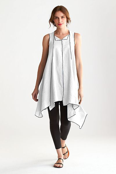 Jump Tunic by Cynthia Ashby.  A wonderfully easy, fluid tunic with an artist's attention to detail. The asymmetric hemline creates a distinctive look that pairs well with leggings or more flowing silhouettes.  Available at www.artfulhome.com