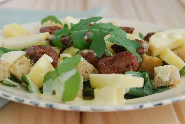 Chorizo salad with baby rocket, Parmesan cheese, crunchy Apple, sourdough croutons, toasted pine nuts and a zesty sour cream and lemon dressing. Yum!