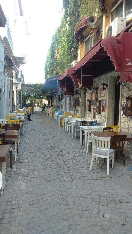 Can Yücel Sokak, Alsancak İzmir