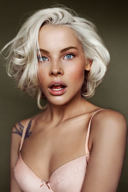 blonde hair bleached platinum tan skin short cut bob bobbed