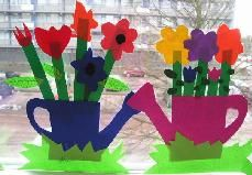 For Children's Room gardening theme display....make a bunch of these and place throughout the room (or all together.) Colorful and inexpensive.