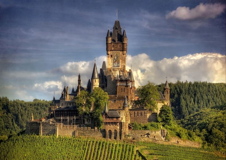 Замок Райхсбург, Германия 20крутейших замков, вкоторых яосталсябы жить