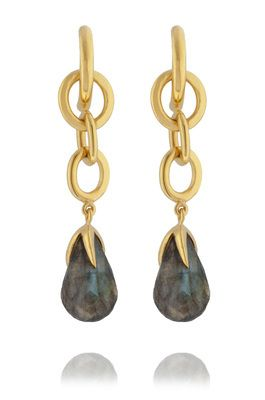 Small rings of gold vermeil weave together, dropping down the length of the earring to a claw like setting.  Held in this claw is a labradorite briolette.  This semi-precious gemstone naturally alters with light creating unique hues.  Total length 55mm  Stone 18mm x 10mm