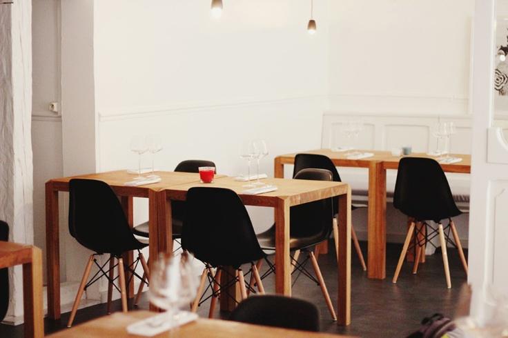 Design des tables - butane. Disponible sur commande.  Contactez: bernard.celin@gmail.com
