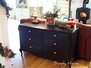 Painting project to turn old dresser new!: Paintings Furniture, Goodwill Dressers, Ohhhh Your Dressers, Dressers Redo, 10 Goodwill, Furniture Ideas, Dressers Turning, Paintings Projects, Crafty Furniture