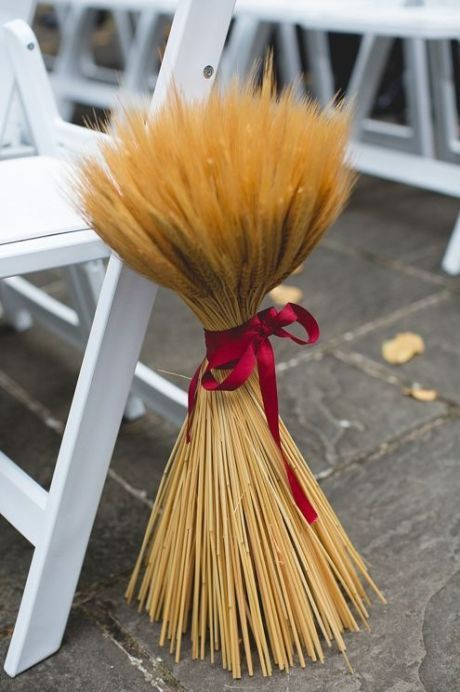 Andere vom Herbst inspirierte Ideen 25 schicke Herbst Hochzeit Gang Dekor Ideen; #FallWedding …   – Wedding decorating ideas