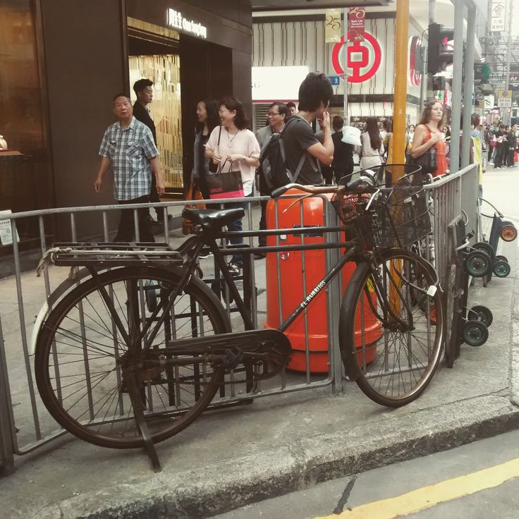 Classic Phoenix / Feng Huang bicycle on a street in Hong Kong