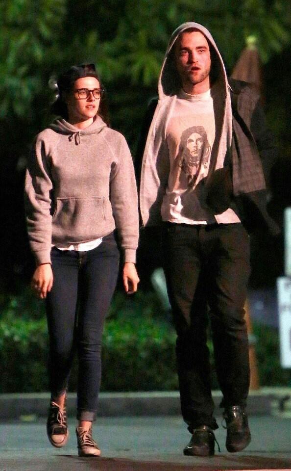 Exclusive: Robert Pattinson and Kristen Stewart's Friday Date Night!