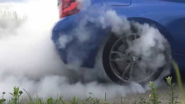 BMW M235i Coupe burnout in slow motion | ExoticCars.pl