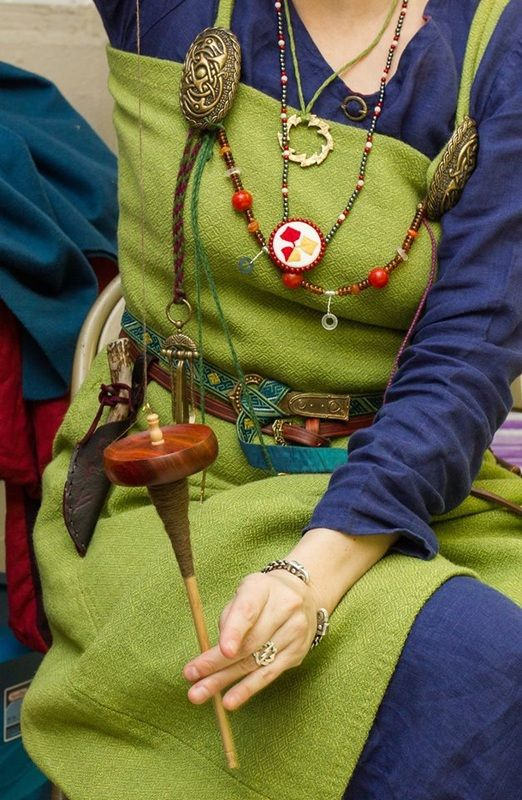 An SCA Viking (note the necklace), but I love the colour combo, the weave of the smokr fabric (she wove it herself), and the grooming set hanging from a length of whipcord.