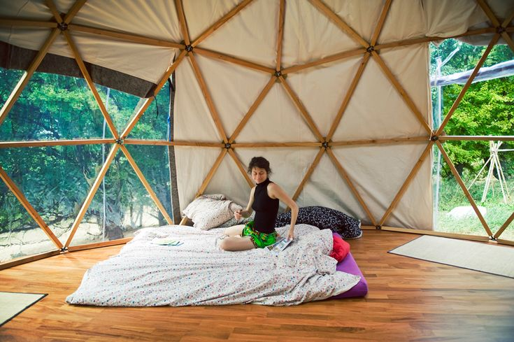 26 best bio architecture images on pinterest geodesic dome architecture and cabins. Black Bedroom Furniture Sets. Home Design Ideas