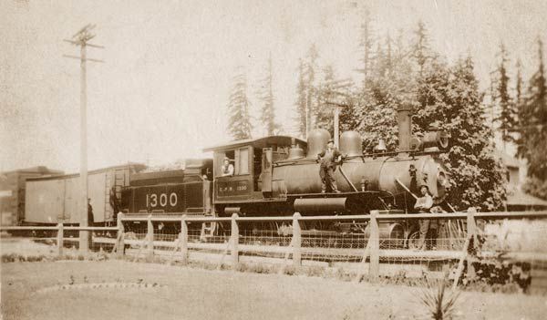 CPR locomotive 1300 at Duncan BC station, 1920s. (Cowichan Valley Museum & Archives)