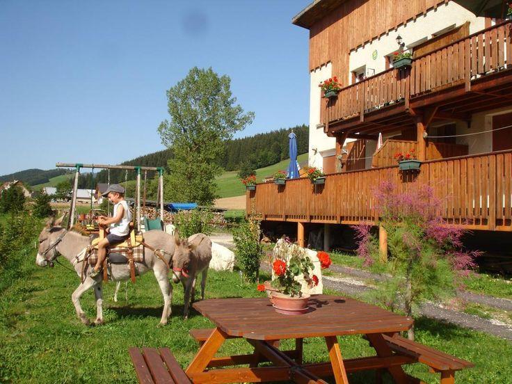 Location Vacances Gîtes de France - La Lauzière  INGEN pool -Gîte en Isère, Rhône Alpes - 14 t 48 min 1.549 km 13 t 56 min uden trafik · ca dkr 6000