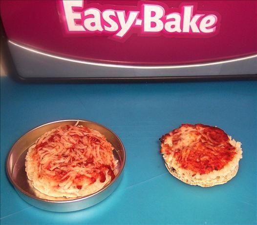 Easy Bake Oven English Muffin Pizza Recipe - Food.com - 151887