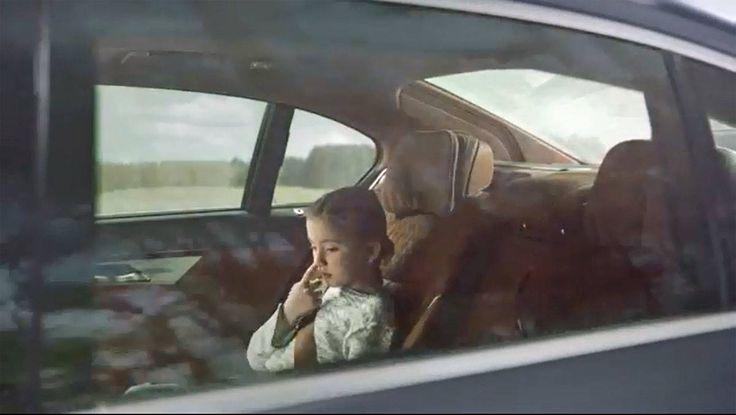Szene aus dem neuen Sixt-Onlinespot von Jung von Matt.