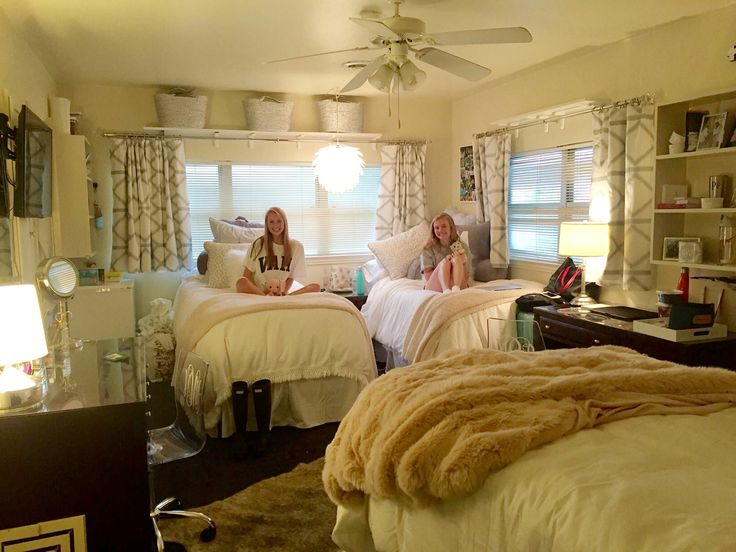 25 best ideas about cute dorm rooms on pinterest dorm for Apartment bedroom ideas for college