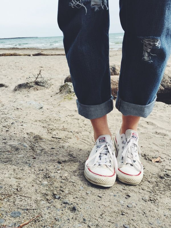 Boyfriend Jeans and Converse - How To