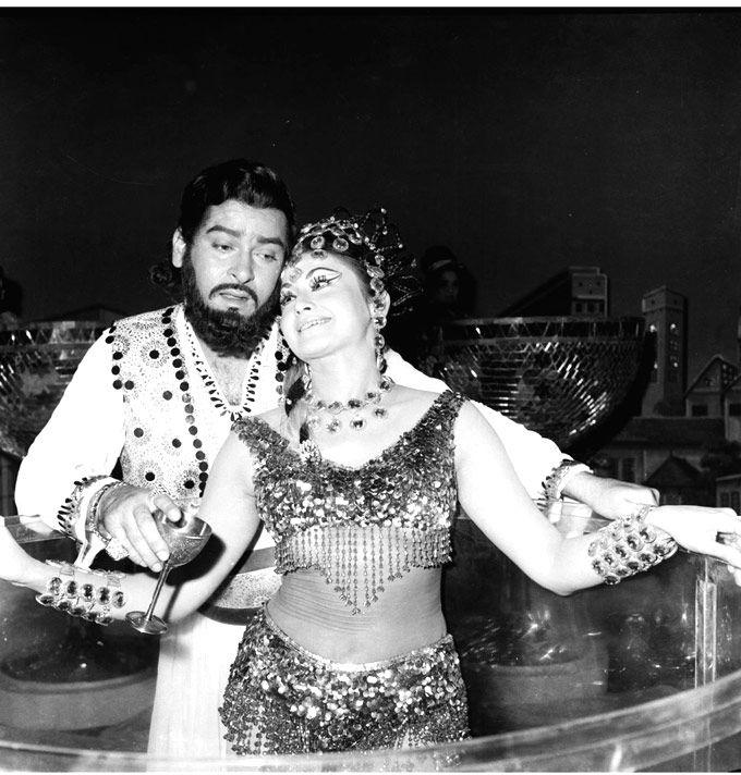 Shammi Kapoor and Helen.