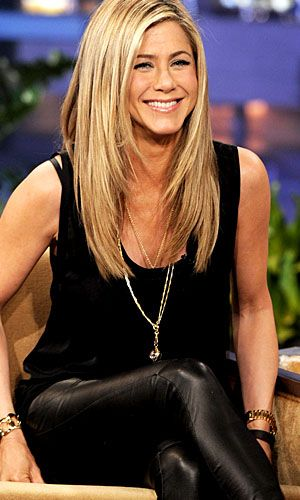 Jennifer Aniston I have always thought my aunt leslie looks just like Jennifer Aniston, do that is the only reason I like her as an actress.