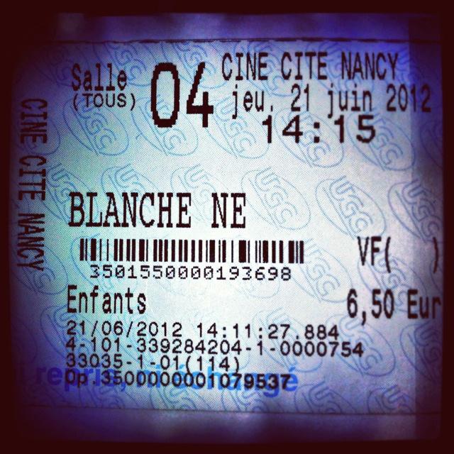 Best 25 histoire de blanche neige ideas on pinterest for Blanche neige miroir miroir film